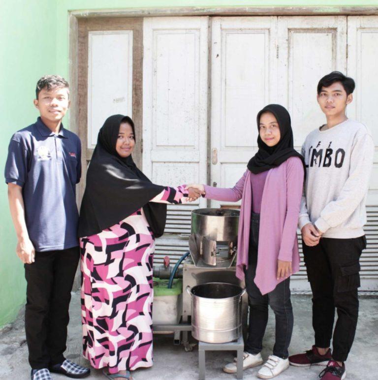 PKM : SIPENA – Mesin Pengupas Serbaguna Dilengkapi AUTO WAW – Automatic Water Washer – (UKM)
